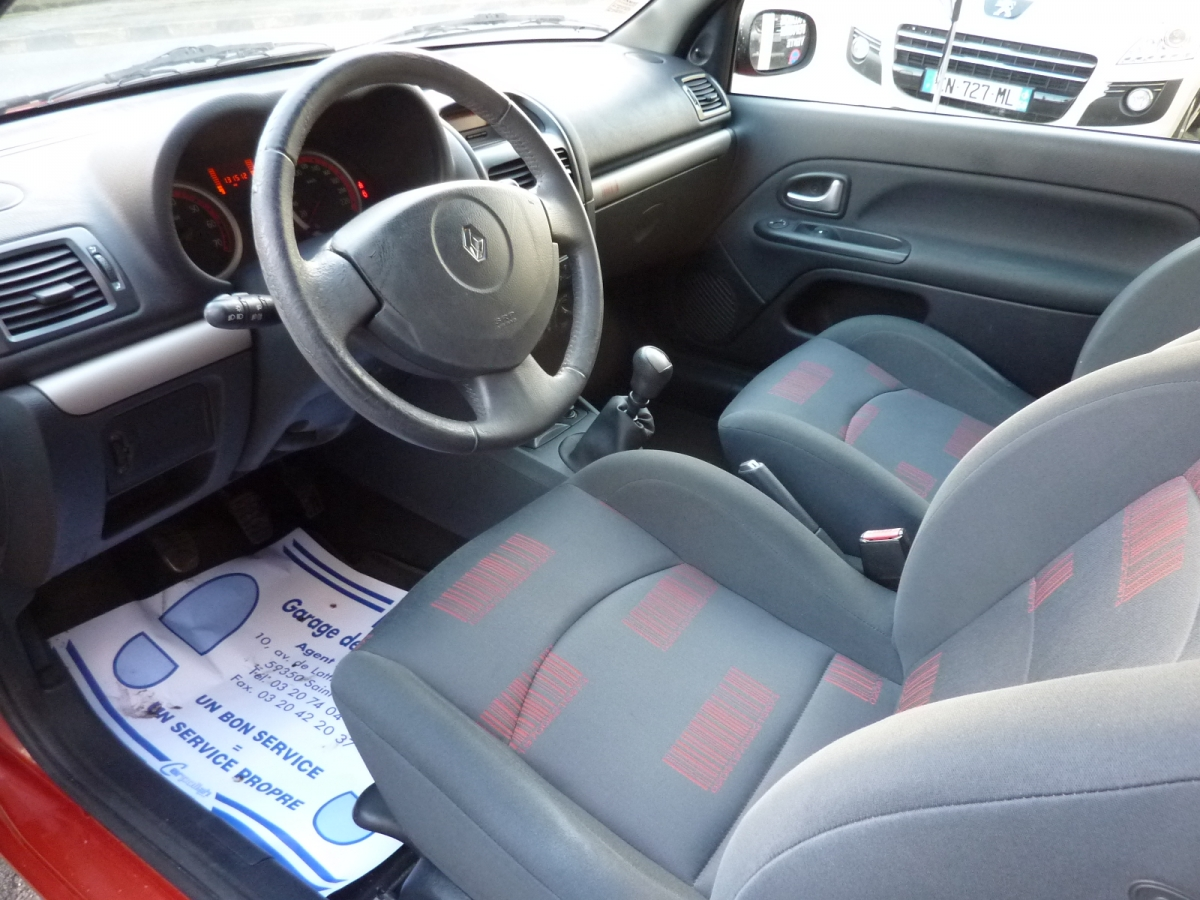 Occasion : Renault Clio II Pahase 3 Extreme 1 2 16v 75 ch 3