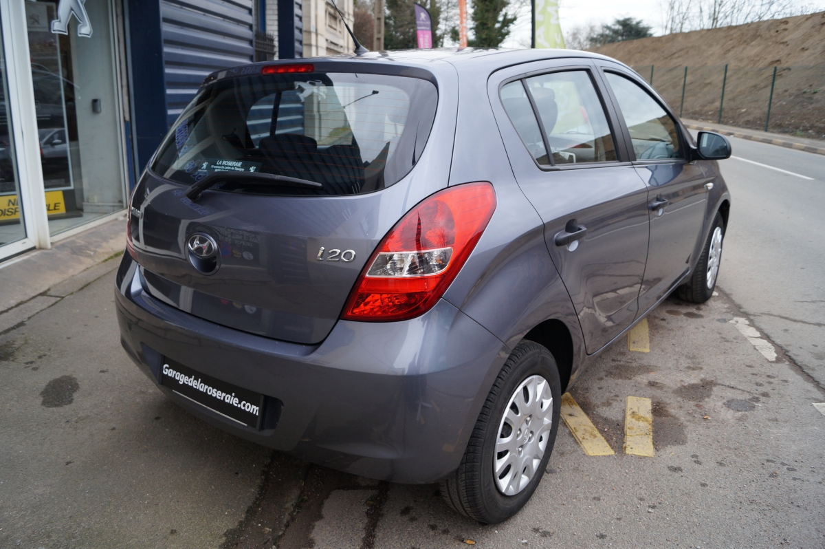 Occasion hyundai i 20 pack 1 2 essence 77 ch 5 portes for Garage hyundai limoges occasion