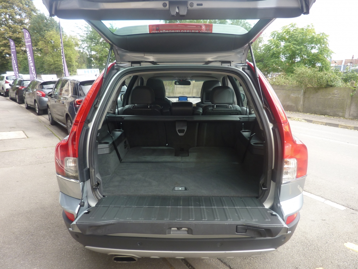 occasion volvo xc90 xc90 d5 awd 200 geartronic xenium 7 places. Black Bedroom Furniture Sets. Home Design Ideas