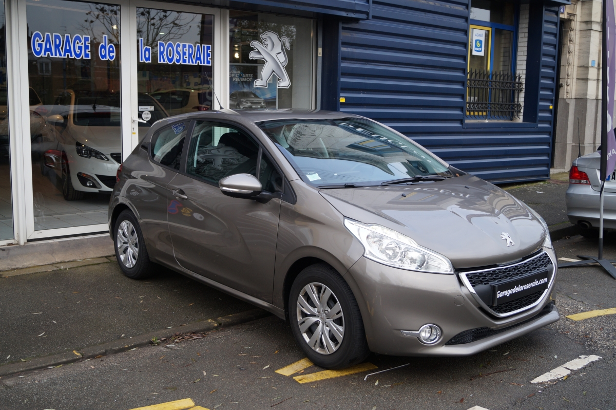 Occasion peugeot 208 active 1 4 hdi 68 ch 3 portes for Location voiture garage peugeot
