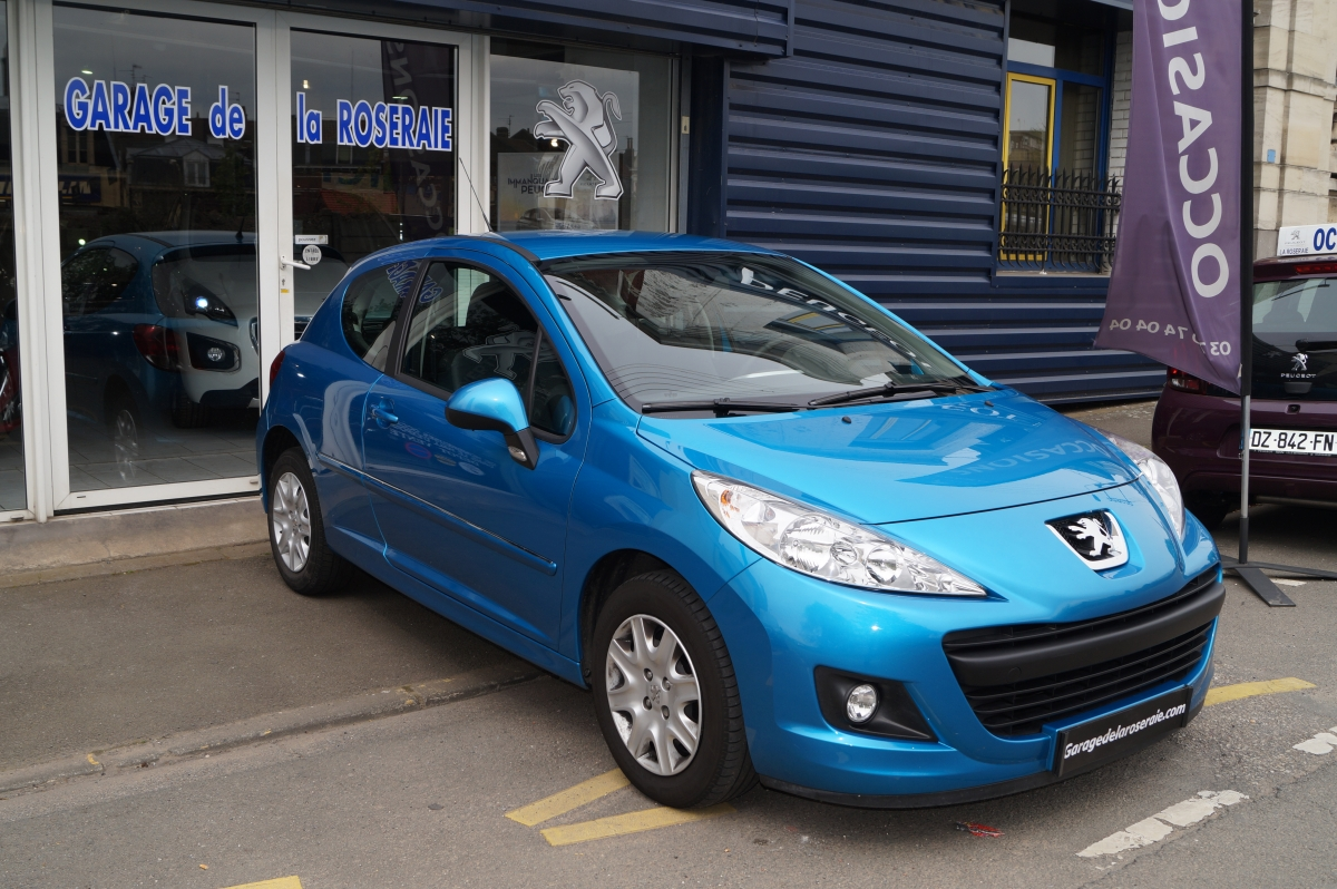 Occasion peugeot 207 207 1 4 essence 75 ch 3 portes for Voiture d occasion nantes garage